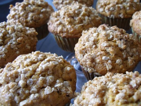 Pumpkin Oat Streusel Muffins